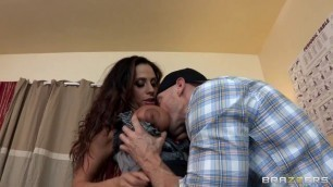 Indian Naked Ariella Ferrera With Big Boobs Licked By Johnny Sins