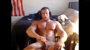 Hot Muscle Guy on Cam + Cum