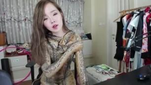 Zentai Girl Suit up