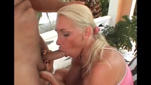 Amateur MILF Krisztina - Holiday Fuck